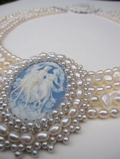 Cameo and pearl choker