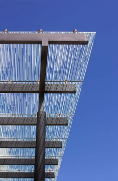 Printed-glass-canopy-awning-Perth-Crown-complex-6.jpg (587×900)