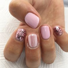 The advantage of the gel is that it allows you to enjoy your French manicure for a long time. There are four different ways to make a French manicure on gel nails. Love Nails, Pink Nails, How To Do Nails, Pretty Nails, Shellac Nails, Gel Manicure, Nail Polish, Colorful Nail Designs, Nail Art Designs