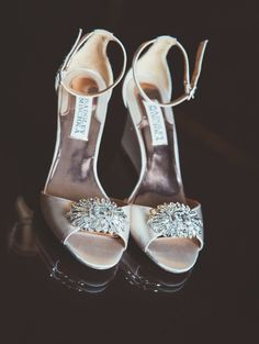 #gettingready #weddingday #wedding #shoes #jewels #bling #weddingphotography #pabstphoto www.pabstphoto.com
