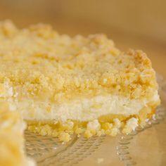 Italialainen ricotta-limoncellotorttu - Reseptejä Ricotta, Limoncello, Piece Of Cakes, Dessert Recipes, Desserts, Vanilla Cake, Cheesecake, Sweets, Baking