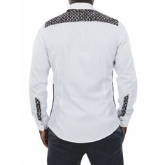 very nice shirt for Men with African fabric! African Attire, African Wear, African Dress, African Fabric, African Print Fashion, Africa Fashion, Cool Shirts For Men, King Fashion, Men's Fashion
