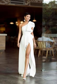 Simple White Sleeveless Side Slit Evening Gowns,Vintage Floor Length One Shoulder Long Prom Dresses CR 11457 Bridal Dresses, Wedding Gowns, Bridesmaid Dresses, Prom Dresses, Formal Dresses, Wedding Rehearsal Dress, Casual Dresses, Modest Wedding, Casual Wedding