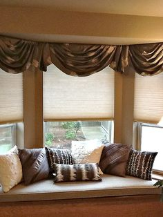 Shades for Bay Windows to Beautify Your Living Room Designs : Interesting Shades For Bay Windows With Wooden Chairs And Brown Pillows Window Designs Exciting Shades Of Bay Windows Ideas