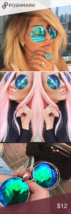 Round Oversize Double Frame Mirrored Sunglasses Round Oversize Double Frame Mirrored Sunglasses  Lens Color: blue, purple, multi-color High quality metal frame Does not include case Accessories Sunglasses