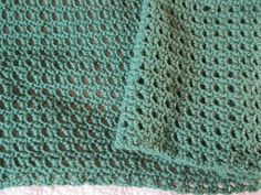 Sweet and Simple Shawl by Elizabeth Mareno