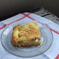 Mehevä raparperipiirakka | | Soppa365 Quiche, Pie, Favorite Recipes, Baking, Breakfast, Desserts, Food, Torte, Morning Coffee