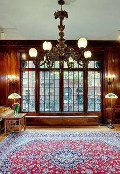 Old World, Gothic, and Victorian Interior Design: Victorian interior gothic interior Victorian Rugs, Victorian Windows, Victorian House Interiors, Victorian Decor, Victorian Gothic, Victorian Homes, Interior Architecture, Interior Design, Gothic Architecture
