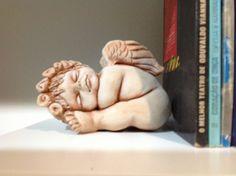 Por Nadja Mauceri, um anjo dorme.