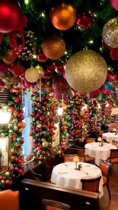Christmas Scenery, Cool Christmas Trees, Cozy Christmas, Christmas Photos, All Things Christmas, Christmas Holidays, Christmas Crafts, Christmas Events, Christmas Aesthetic