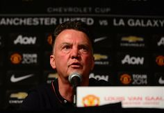 Van Gaal to have words with Mourinho over Shaw jibe
