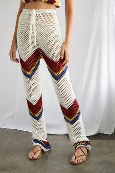 Shop for Open-Knit Crop Top & Pants Set by Forever 21 at ShopStyle. Crochet Shorts, Crochet Clothes, Knit Crochet, Crochet Pants Pattern, Look Boho, Crochet Woman, Overall, Knit Pants, Mode Inspiration
