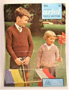 Original Vintage Patons V Neck Jumper Knitting Pattern 6 Sizes Years DK England by BayTreeVintage on Etsy Jumper Knitting Pattern, Knitting Charts, Knitting Stitches, Knitting Socks, Learn How To Knit, How To Start Knitting, Knitting For Beginners, Knitted Afghans, Afghan Crochet Patterns