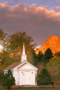 Rock Ledge Chapel near Garden of the Gods, Colorado Springs, Colorado