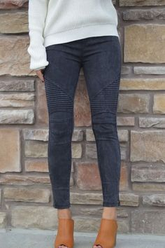 These moto leggings are one of the hottest trends this season! You will love that these look like denim jeans but pull on like leggings! These leggings are great quality and feature an elastic waist,