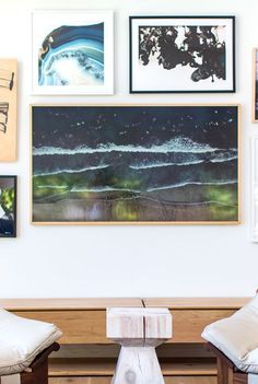 13 Clever Hidden TV Ideas - How to Hide a TV, According to Top Designers Tiny Living Rooms, Living Room Tv, Hidden Tv, Oak Panels, Custom Mirrors, Framed Tv, Modern Tiny House, Tv In Bedroom, Amber Interiors
