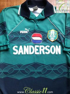 Relive Sheffield Wednesday's 1995/1996 season with this vintage Puma away football shirt.