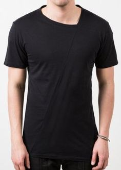Visions of the Future // Delusion VAULT T-SHIRT BLACK