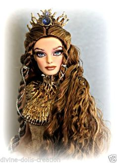 OOAK-REPAINT-Lady-of-the-White-Woods-Barbie-doll-Gold-faraway-forest-collection