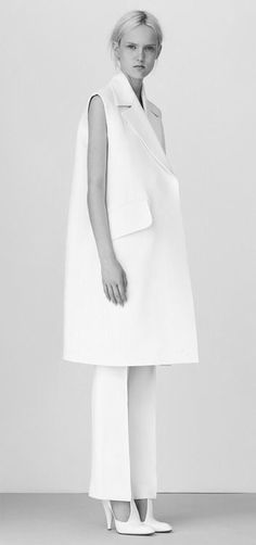 Chic Minimalist Tailoring with clean lines, understated style // Celine Resort 2015