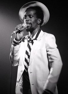 "gregory isaacs.... the AMAZING ""Gregory Isaacs"""