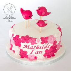 Cake desing princesse flower 18 Ideas for 2019 Cake Mix Whoopie Pies, Cake Mix Cookies, Cake Decorating For Kids, Cake Decorating Tutorials, Birthday Cake With Flowers, Cake Birthday, Cake Mix Cookie Recipes, Big Cakes, Cake Photography