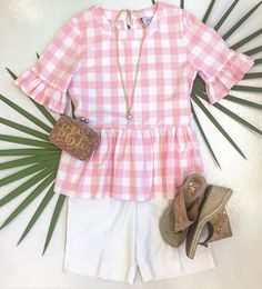 Pink and preppy...ready for the weekend! #tfssi #stsimonsisland #seaisland #ootn #pink #prep #gingham #summer2016