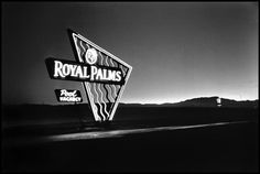 Royal Palms Motel. Las Vegas, 1955. Demolished sometime in the 90s; Bellagio built in its place. Photo by Elliott Erwitt