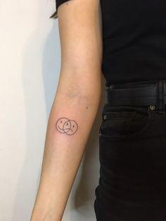 Dot Tattoos, Subtle Tattoos, White Tattoos, Small Tattoos, Stick Poke Tattoo, Stick N Poke, Handpoked Tattoo, Body Paintings, Dream Tattoos