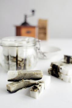 Fall-For-DIY-Coffee-and-Coconut-Marbled-Soap-Sticks-13
