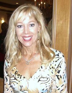 Description English: Actress Lynn-Holly Johnson at the November 2008 Big Apple Convention in Manhattan. Date 15 November 2008 Source Own work Author Nightscream Holly Johnson, Bond Girls, Illinois, James Bond, Chicago, Ageless Beauty, Celebs, Celebrities, Celebrity