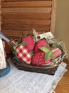 Primitive Strawberries  Set of 5  Rustic Bowl by PrimitivesByCyn
