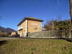 Stazione FS di Pettenasco - linea Novara Domodossola: Tracanzan Pierluigi - Stazione FS di Pettenasco - ...