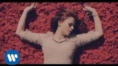 Annalisa - Sento solo il presente (Videoclip Ufficiale) - YouTube