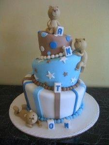 So cute for a baby boy birthday cake
