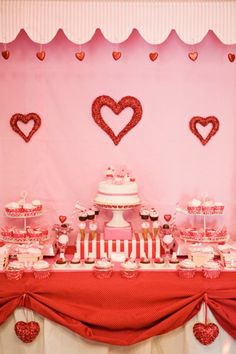 Valentine's Day: 10 Valentine Parties You'll Adore - Mimi's Dollhouse