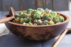 Discover this Tangy Broccoli Salad from Kraft Recipes thats sure to please everyone. The zip in Tangy Broccoli Salad comes from a sweet and sour dressing. Kraft Foods, Kraft Recipes, Healthy Cooking, Healthy Eating, Cooking Recipes, Healthy Recipes, Ww Recipes, Recipies, What's Cooking