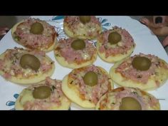 APRENDA A FAZER MINI PIZZA PASSO A PASSO fácil - YouTube Mini Pizzas, Como Fazer Mini Pizza, Receita Mini Pizza, Pizza Facil, Calzone, Pasta, Chocolate, Doughnut, Buffet