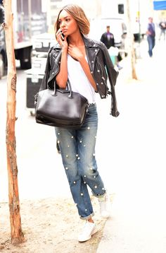 We are so in <3 with Jourdan's Tu es mon Trésor pearl jeans.