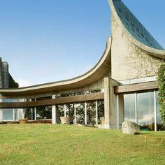 Architecture moderniste signée Claude Parent