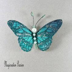 Magnet papillon soie décoration 8.5 cm vert emeraude + 1 aimant - Un grand marché Decoration, Moth, Insects, Support, Dimensions, Magnets, Boutique, Photos, Playing Card