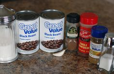 Copycat Chipotle Black Beans Recipe - only 3 steps! - Copycat Recipe: Chipotle's Black Beans….perfect for fall! There is also a link to the cilantro - Mexican Food Recipes, Vegetarian Recipes, Cooking Recipes, Healthy Recipes, Healthy Food, Fondue Recipes, Mexican Dishes, Healthy Eating, Chipotle Copycat Recipes