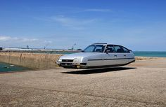 Sylvain Viau,Flying Cars series, 2014, images posted with permission of the artist.