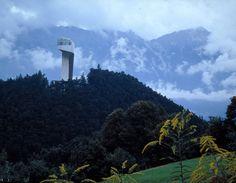 AD Classics: Bergisel Ski Jump / Zaha Hadid Architects
