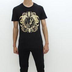 0ccd4bf8b Versace Jeans Gold Foil Big Circle Logo Tee Black - Pilot Netclothing