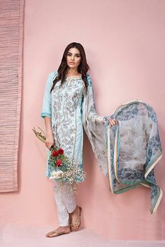 Buy Khaadi Lawn 2016 Online. Master Replica. 3Pcs Embroidered Lawn Suit with Chiffon Dupatta. Cheap Price. Good Quality. FREE Delivery across Pakistan.