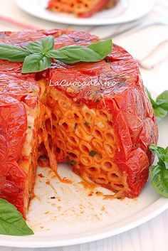 La Cuoca Dentro: Timpano alla cardinale.  This but replace any and all tomato with sweet red pepper... This looks amazing!!!