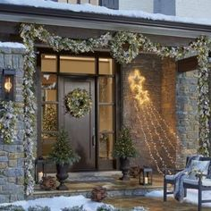 Having outdoor Christmas decorations is a fun way to decortate for the holiday season. Check out these front door christmas decorations to get fun ideas! Decorating With Christmas Lights, Outdoor Christmas Decorations, Porch Decorating, Light Decorations, Outdoor Decor, Rustic Outdoor, Holiday Lights, Holiday Decorating, Indoor Outdoor