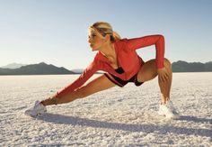 Le tecniche e gli esercizi di stretching sono fondamentali per la salute fisica del corpo quando parliamo di allenamento, fitness, postura e riabilitazione.