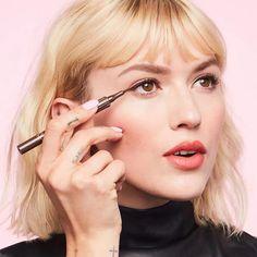 #SimpleEyeliner Matte Liquid Eyeliner, Felt Tip Eyeliner, Brown Eyeliner, Best Eyeliner, Waterproof Eyeliner, Liquid Liner, Benefit Cosmetics, Simple Eyeliner, Simple Eye Makeup